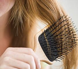 5méthodes intelligentes pour prévenir les bouchons de cheveux dans la douche